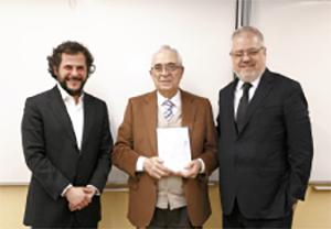 Llorenç Maristany, Delegado de AEDAF en Catalunya; Jaume Segura Illa  y Joan-Francesc Pont Clemente, Presidente de la Fundación Pont y Lancuentra.
